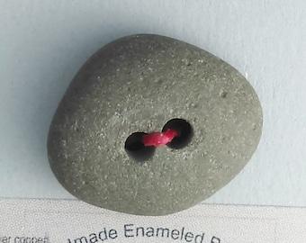 Maine Beach Stone Button  2016 B-147
