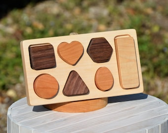 Personalized Organic Wood toy Wooden Shape sorter puzzle -  baby toddler toy   - shape sort shape puzzle toy Birthday Gift sorting toy sort