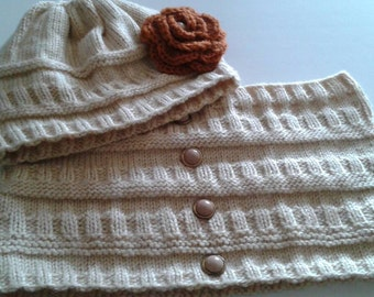 Beige cowl and beanie,  ready to ship