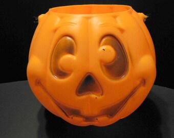 Vintage Blow Mold Jack O'Lantern Halloween Decor Pumpkin Decor Trick or Treat Pail Vintage Halloween Pumpkin Retro Halloween Candy Bucket