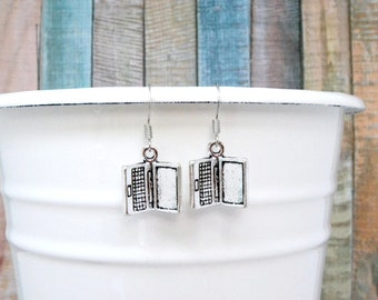 Laptop Earrings - Computer Earrings - Blogging Earrings - Geek Earrings - Computer Jewelry - Nickel Free Earrings - Silver Laptop Charm