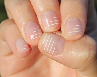 Partial White Stripes Nail Wraps