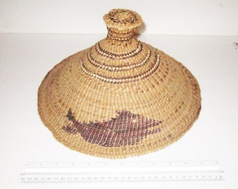 Vintage Nuu-chah-nulth Nootka Whaler's Hat, made from twined bulb-topped cedar bark, spruce root and surf grass.  Complete and Very Rare.