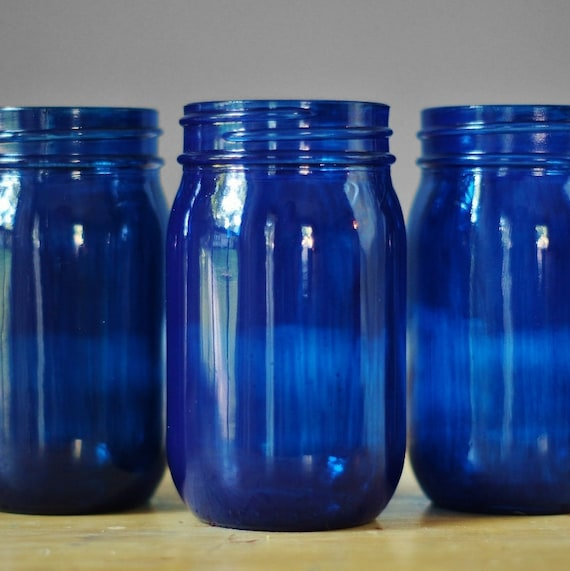 Set of Three Cobalt Blue Glass Mason Jar Vases, Painted Mason Jars, Cottage  Chic Decor for Your Home, Mason Jar Decor, Tabletop Decor