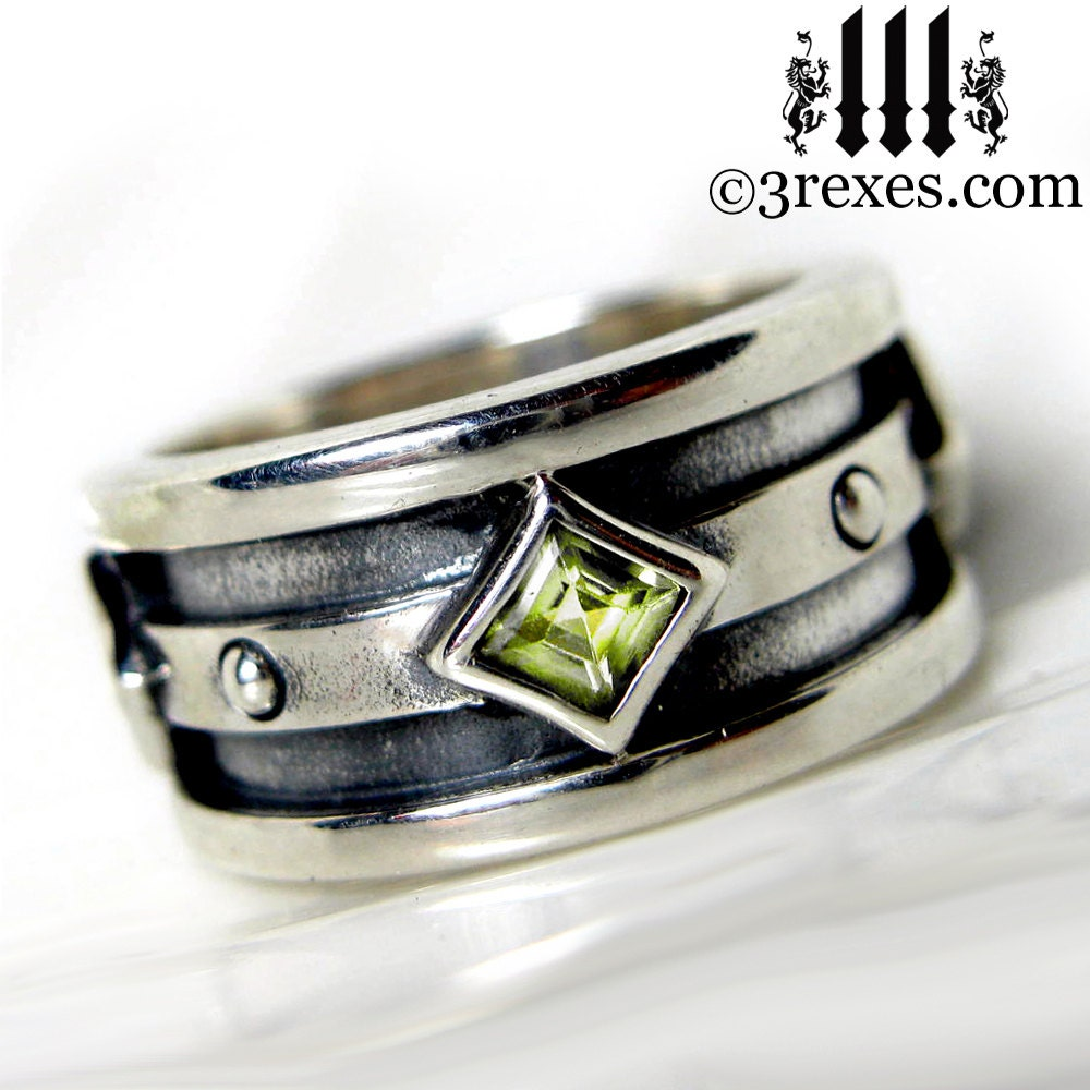 silver wedding ring green peridot stone engagement band mens. Black Bedroom Furniture Sets. Home Design Ideas