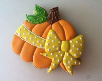 Miss Doughmestic's pumpkin with bow