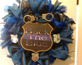 Back the blue police wreath