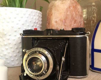 Ansco B2 Speedex w/ Ansco 85mm lens (f/4.5) Medium Format Camera