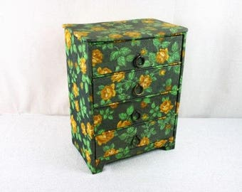 Beautiful Vintage Green Floral Jewelry Box,  Vintage Green Fabric  jewelry box,