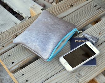 Leather Pouch- Medium Leather Pouch- Make-up Pouch- Zippered Pouch -