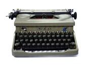 Mod 90 Everest Typewriter...