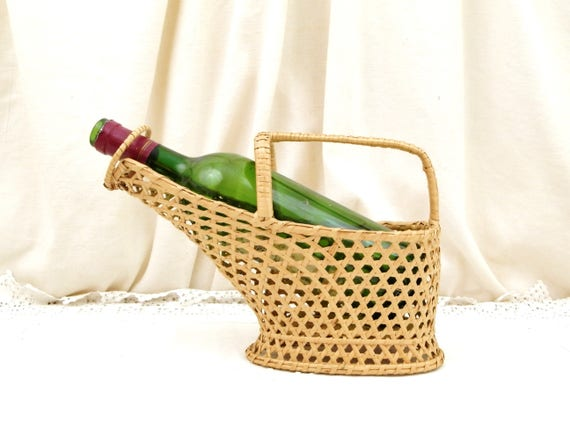 Vintage French Woven Wicker Wine Bottle Holder Basket, Retro Mediterranean Serving Tableware from France, Dinner Party Table Accessory