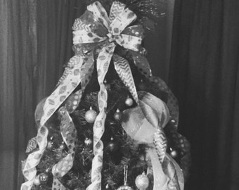 Christmas Tree Bow Topper--Build a Bow!