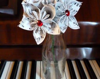 Origami flowers, music paper, paper flowers, Kusudama, bunch of flowers, sheet music, home decor, paper anniversary, 1st anniversary