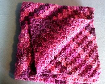 pink baby blanket. chunky. warm . cot . pram . lap . wheelchair . 30 inches . handmade