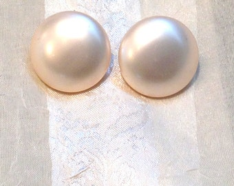 Vintage Clip Earrings Large & Luminous Peachy Pearl Buttons