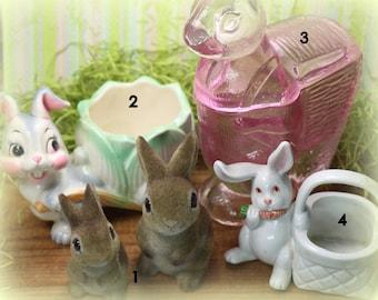 1 Vintage Bunny Rabbit Figurine