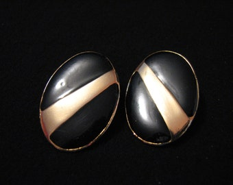 Vintage Heavy Gold Tone and Black Enameled Oval Pierced Earrings