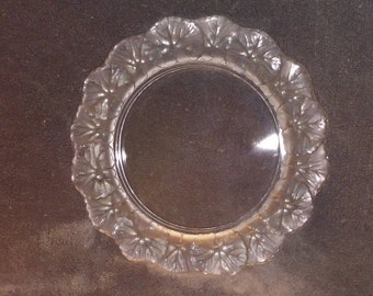 Honfleur Dinner Plate by Lalique (Crystal)