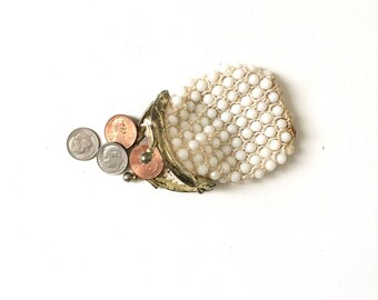 Vintage White Beaded Coin Purse