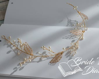 Pearls and Leaves Bridal Wreath, golden wedding hair vine, classical bridal hair jewelry