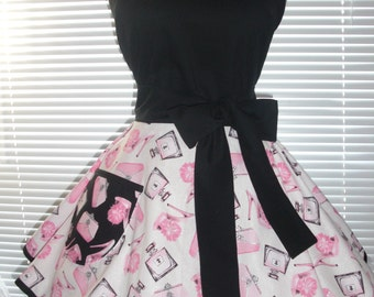 Retro Pinup Style Apron Girly Metallic Silver Bling, Black and Pink Retro Look Fabric Flirty Circular Skirt