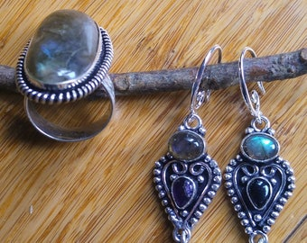 Labradorite/Amethyst Gemstone Sterling Silver Jewelry. Set of ring and earrings. Perfect jewelry for everyday. Great as gift.