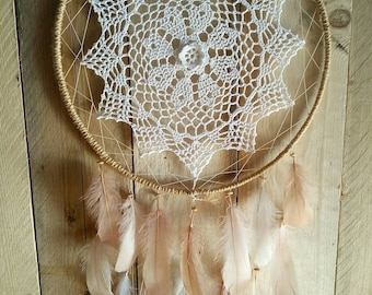 Dream catcher doily