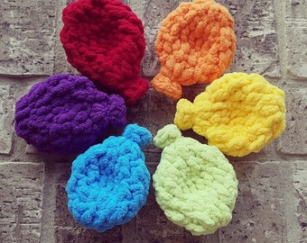 Reusable Crocheted Water Balloons, Machine Washable, Eco-friendly Water Bombs, Summer Pool Party Toy, Birthday Party Present and Game