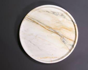 "Round marble tray 25cm(9,8"") of Italian Calacatta marble, antic finish, white marble tray, minimalist tray, decor marble tray, white tray"