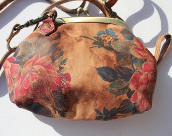 Evanna Clip And Clutch Light Floral Leather Small