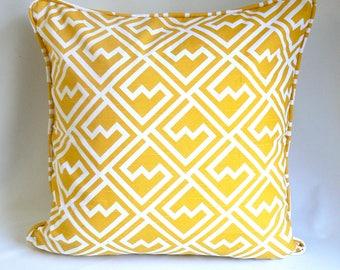 "Yellow geomtric print, 20"" Pillow"