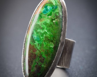 Parrotwing Jasper Ring, size US8, bright green, oval statement, textured, MTS