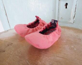 Baby Shoe Pattern - Elastic Flats size Newborn to 2T - PDF Download