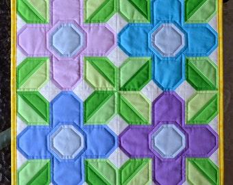 Flower Quilt Block Pattern, PDF, Instant Download, modern patchwork, pretty posy, floral, garden