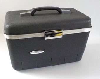 Vintage Train Case Forecast with Key • Traincase Black Grey Suitcase • Grey Black Make Up Case
