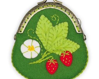 Strawberry Purse - Cross Stitch Kit from RIOLIS Ref. no.:1492AC