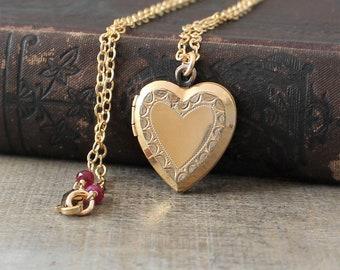 Gold Heart Locket Necklace, Personalized Locket, Birthstone Locket, Custom Locket, Push Present, Gift for Mom Locket, Gold Locket Pendant