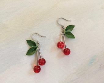 Earrings cherry red/green foliage leather recycled _ Frivole jewelry