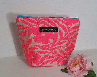 Handmade makeup bag - hot pink floral