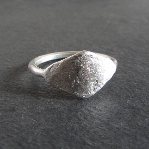 Rustic Diamond: Rustic Diamond-shaped Ring In Sterling Silver / Silver Ring