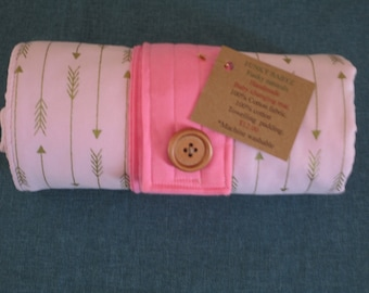 Handmade baby changing mat 100% cotton-Pink with metallic gold arrows.