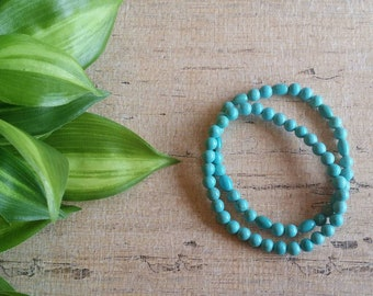 Set of two Turquoise stretch beaded bracelets, Turquoise Bracelet, Boho bracelet, Beaded bracelet, Native American style bracelet