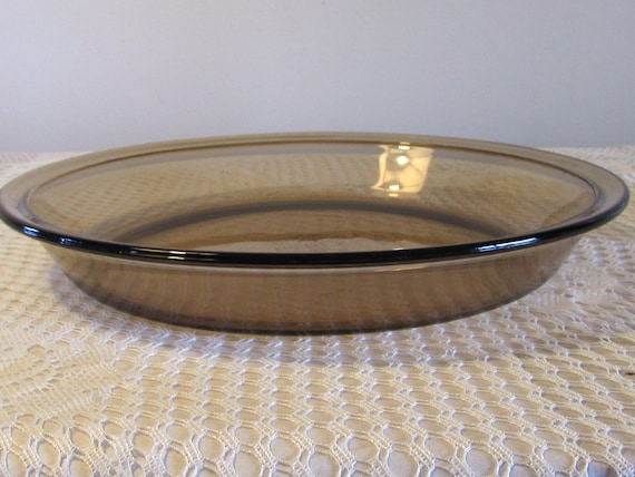 Pyrex 9 inch Smoke Colored Pie Plate Pyrex 209 9 inch Brown Glass Pie Plate from LasLovelies on Etsy Studio & Pyrex 9 inch Smoke Colored Pie Plate Pyrex 209 9 inch Brown Glass ...