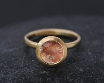 18K Gold Peach Sunstone Ring - Peach Engagement Ring - Solitaire Oregon Sunstone Ring  - Large Sunstone Ring - Made to order - FREE SHIPPING