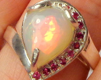 Welo Opal, Ethiopian Opal Ring, Welo Opal Ring, 925 Sterling Silver Ring, Ruby Accents, Natural Opal, Genuine Gemstone Ring, OOAK