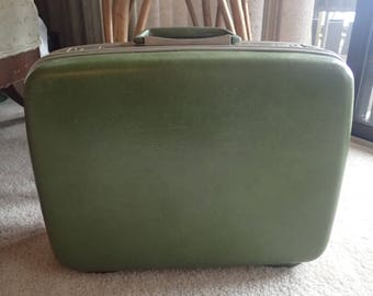 Samsonite Small Suitcase Overnight Case Carry-on Luggage Avocado Green w/Key