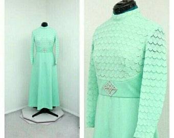 Vintage 70s Mint Green Victorian Dress. Maxi Dress, A Line Dress, Boho Dress, Bohemian Dress, High Collar Dress, Victorian Costume