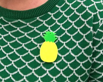 Pineapple Brooch - acrylic with turn lock clasp 6 cm