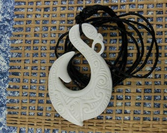 Maori Barbed Manaia Fish Hook Necklace, Hei Matau, Hand Carved, Lashed, White Bone, Surfer ,  2.1 x 1.2 Inches, Free Shipping